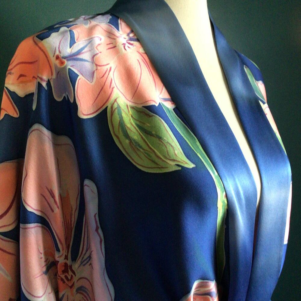 rory worby satin floral kimono